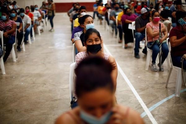 WHO gọi tiêm kết hợp 2 loại vắc xin là xu hướng nguy hiểm, COVAX cung cấp 1,4 tỉ liều trong 6 tháng tới