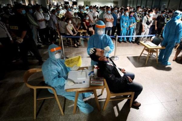Sáng 8.2, thêm 4 ca mắc COVID-19 tại TP.HCM, đều là nhân viên bốc xếp sân bay Tân Sơn Nhất