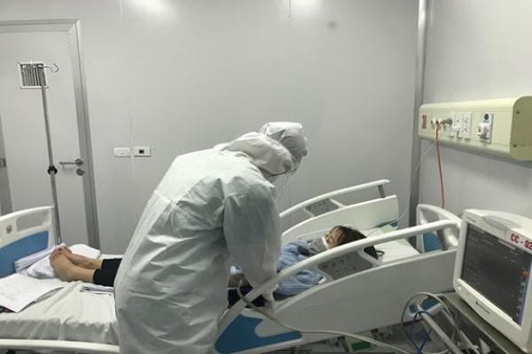 Việt Nam thêm 1 ca mắc COVID-19 ở cộng đồng, 5 bệnh nhân trở nặng