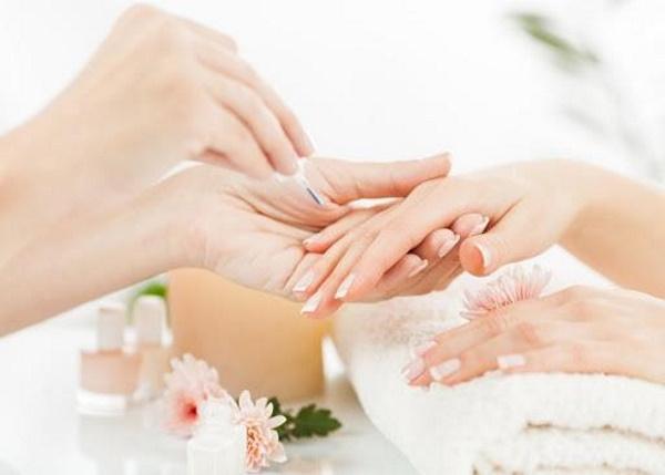 Top 5 mẫu móng tay đẹp bạn nên thử