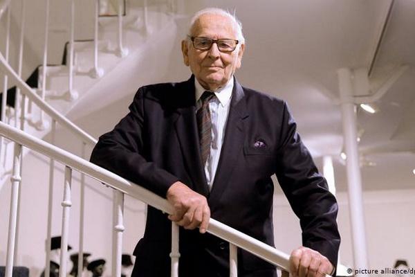 Nhà thiết kế huyền thoại Pierre Cardin qua đời ở tuổi 98