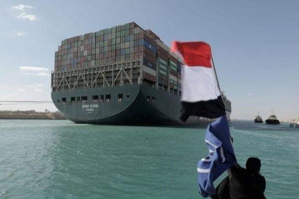 Điều tra nguyên nhân tàu Ever Given chắn ngang kênh Suez, các hãng bảo hiểm lo sốt vó