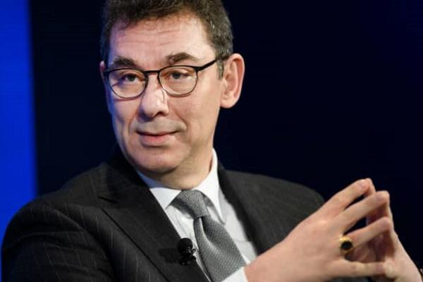 Giám đốc điều hành hãng Pfizer tiết lộ lý do chưa tiêm vaccine Covid-19