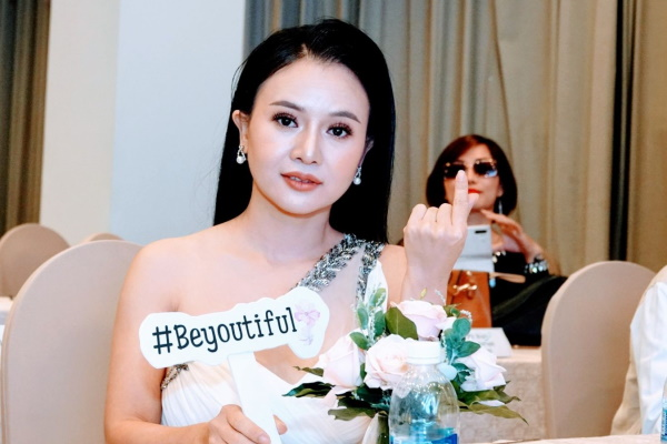 Hoa khôi Hoàng Hà trở thành Đại sứ cho nhãn hàng Eleven S với dự án Fragile Flower