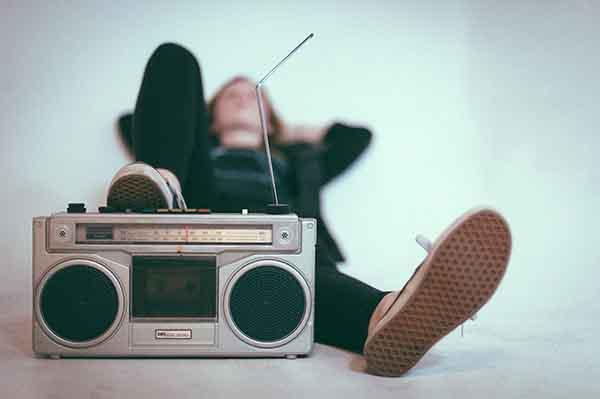 Sức hút quyến rũ của những bản nhạc thời niên thiếu