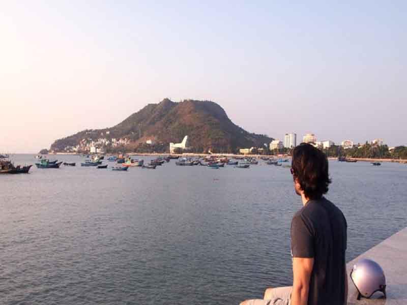 Người nước ngoài học được gì khi sống tại Việt Nam?