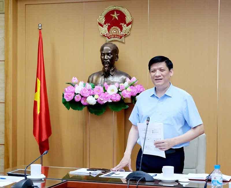 Bộ Y tế yêu cầu làm sạch bệnh viện chống COVID-19 trong mùa Đông Xuân