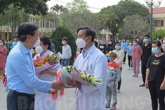 Sáng 22.2 không có ca mắc CO VID, thêm 90 bệnh nhân tại bệnh viện Dã chiến số 1 ra viện