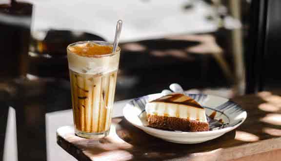 Uống cà phê vào những khung giờ này, bạn vừa mệt mỏi vừa xuống sắc