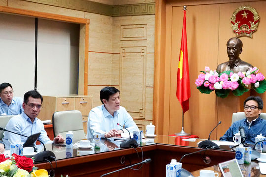 Phát hiện 2 ca lây nhiễm COVID-19 trong cộng đồng, Phó Thủ tướng và Bộ Y tế họp khẩn