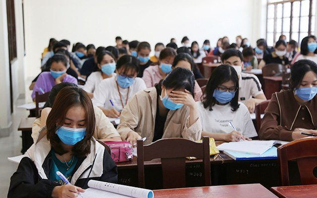 TP.HCM: Phòng dịch COVID-19, học sinh học đến đâu sẽ kiểm tra đến đó