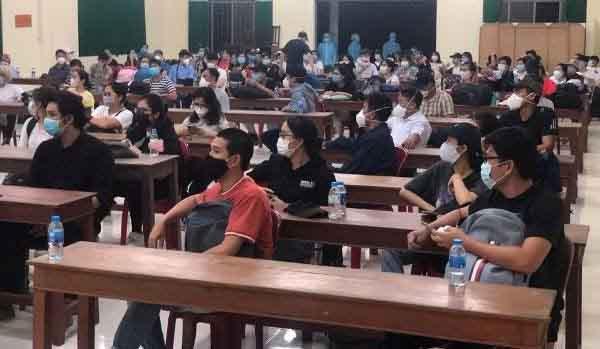 Đồng Tháp: Phát hiện 2 ca dương tính với COVID-19 trong 65 người về từ Indonesia