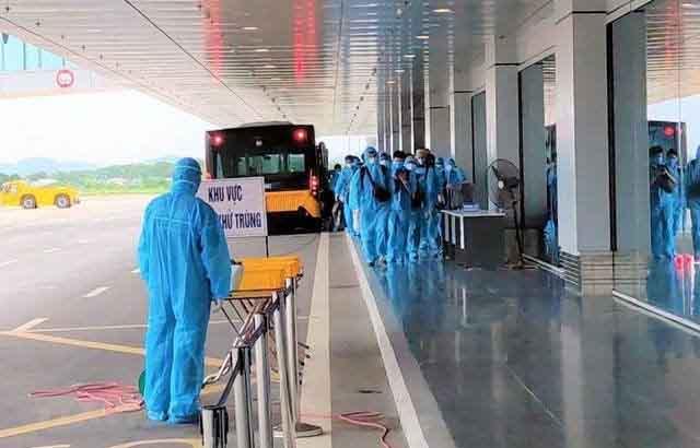 Thêm 1 người nhập cảnh mắc COVID-19, Việt Nam có 1.414 bệnh nhân