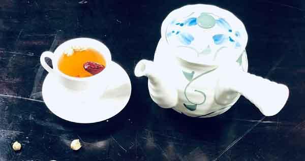 Pha trà kỷ tử giúp giảm căng thẳng, tăng miễn dịch