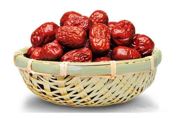 Bài thuốc bồi bổ sức khỏe sau ốm dậy từ táo đỏ hầm
