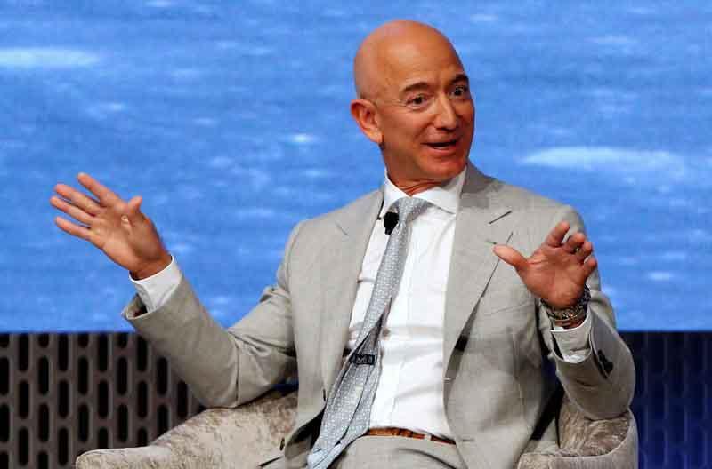 Tỷ phú giàu nhất thế giới Jeff Bezos làm thế nào để tiêu tiền?