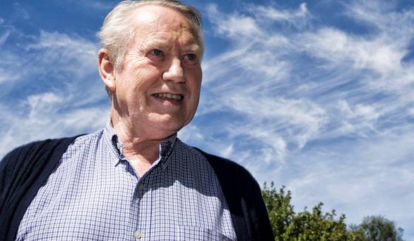 Tỷ phú Mỹ hết tiền ở tuổi 89 từng từ thiện tại Việt Nam gần 400 triệu USD