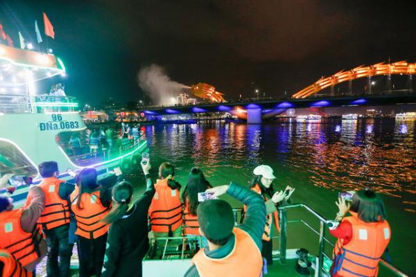 Ngành du lịch nhiều địa phương thắng lớn trong dịp Tết Dương lịch
