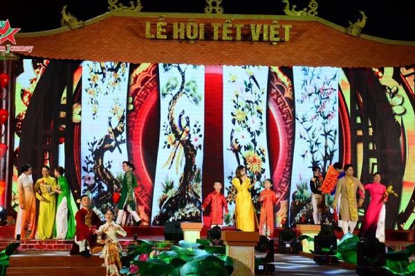 TPHCM tổ chức Lễ hội Tết Việt 2021 nhằm kích cầu du lịch, mua sắm