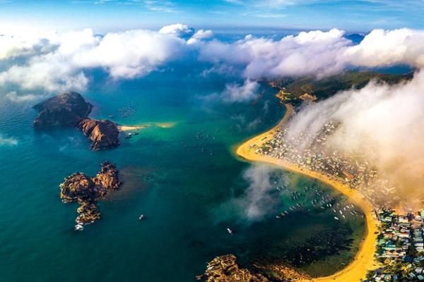 Ngành du lịch kêu gọi bình chọn cho giải thưởng World Travel Awards
