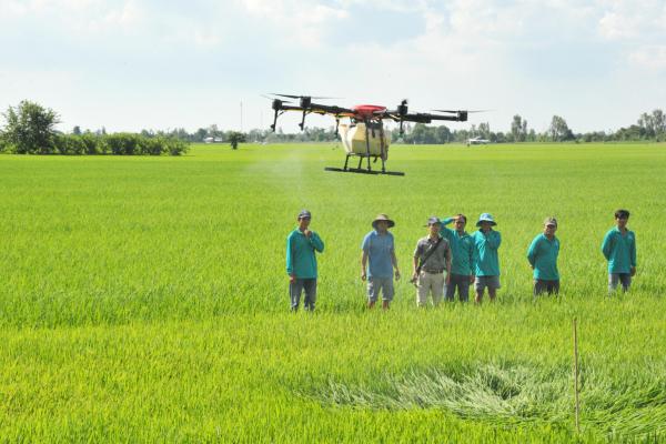 """Khi nông dân trở thành """"tay chơi"""" công nghệ"""
