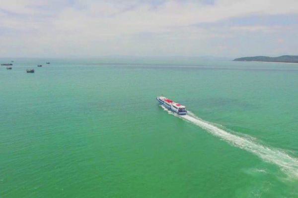 Quảng Ninh dùng tàu cao tốc để phát triển du lịch biển đảo