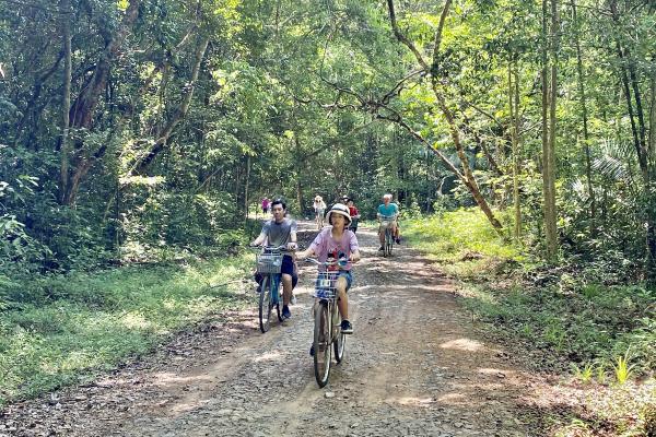 Vườn Quốc gia Cát Tiên nói không với túi nilong