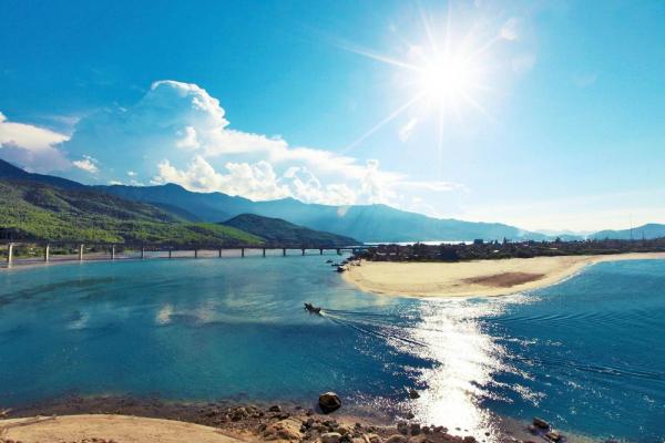 Thừa Thiên Huế muốn kéo khách về với biển