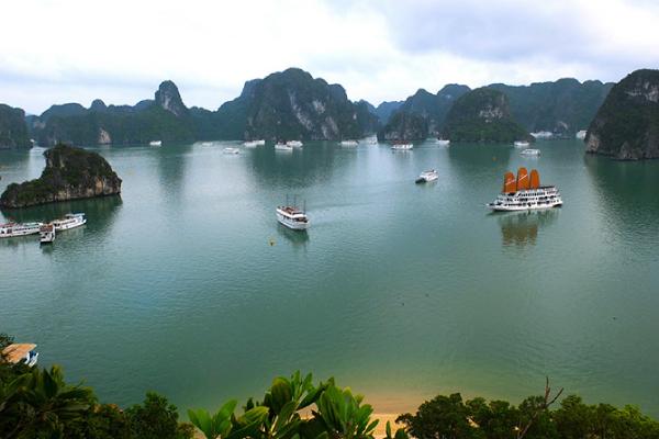 Quảng Ninh tiếp tục bỏ thêm 500 tỷ đồng để kéo khách đến du lịch