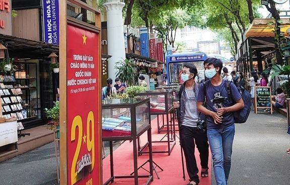 Đường Sách TP. Hồ Chí Minh hoạt động lại sau 4 tháng giãn cách