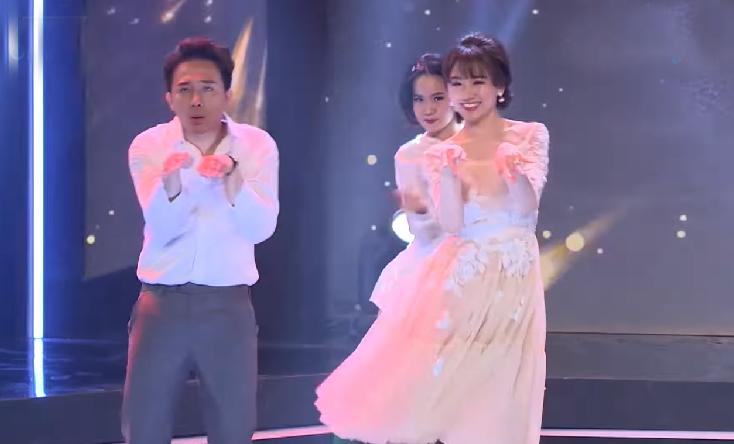 Hari nhảy BBoom BBoom khiến Trấn Thành không rời mắt