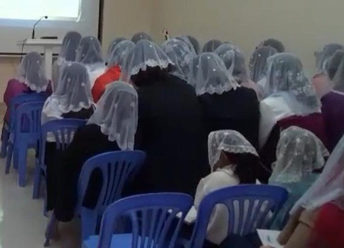 Tôi bị hội viên 'Hội Thánh Đức Chúa Trời' lôi kéo như thế nào?