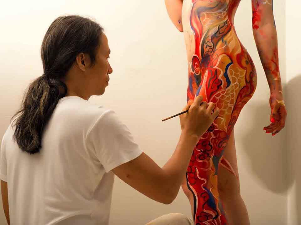 Họa sĩ Ngô Lực tiếp tục niềm đam mê với Body Painting