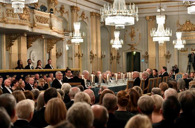 Giải Nobel Văn học có nguy cơ hoãn vì bê bối quấy rối tình dục