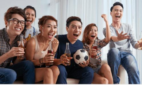 Mẹo bảo vệ sức khỏe mùa World Cup