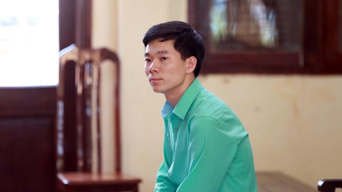 Bác sĩ Lương: Bị điều chuyển việc làm và thu hồi chứng chỉ hành nghề