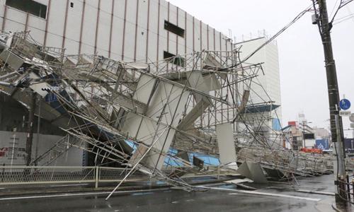 6 người thiệt mạng và hàng chục người bị thương trong bão Jebi ở Nhật Bản