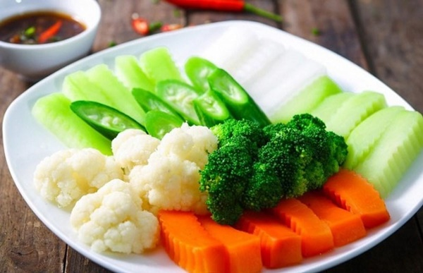 5 bí quyết luộc rau quả xanh luôn xanh ngon