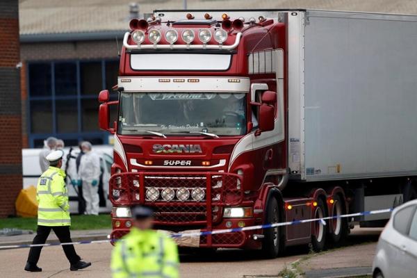 16 thi thể đầu tiên tử vong trong container ở Anh về đến Hà Nội