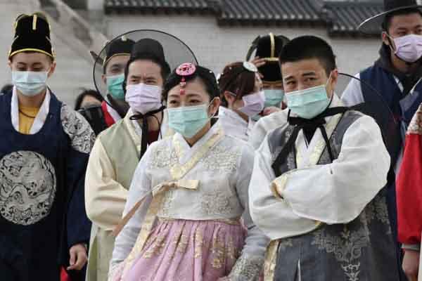 Hàn Quốc: Số ca nhiễm nCoV tăng gấp ba lần trong hai ngày