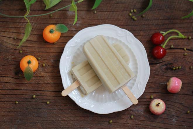 Tự làm kem đậu xanh mát lạnh ngày hè