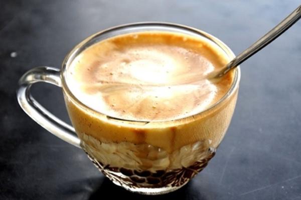 """Thưởng thức cà phê trứng """"chuẩn Hà Nội"""" tại nhà"""