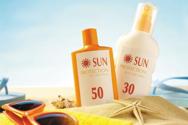 Chăm sóc da đúng cách để vui chơi ngày nắng