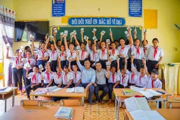 Hành trình từ Trái Tim đến với các em học sinh vùng sâu tỉnh Bình Phước