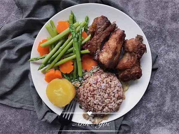 Những bữa ăn lành mạnh giúp giảm 10kg sau 4 tháng