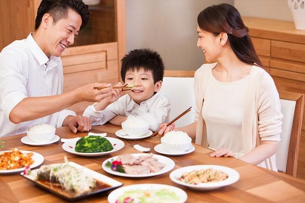 Ăn tối đúng cách để giữ sức khỏe cho bản thân tốt hơn