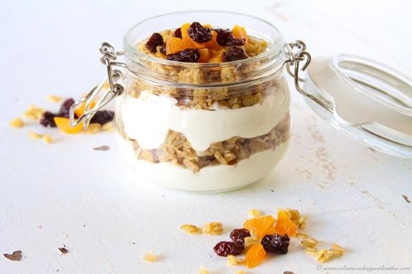 5 món ăn nhẹ cuối giờ làm giúp ấm bụng mà không gây tăng cân