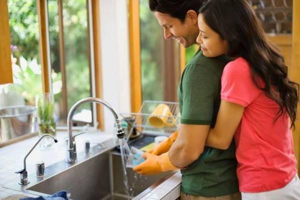 Những điều nhỏ nhặt nhưng khiến cuộc sống vợ chồng hạnh phúc