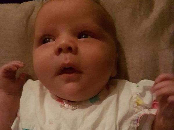 Cho con 3 tháng tuổi ngủ cũi, sau một đêm mẹ mất con mãi mãi