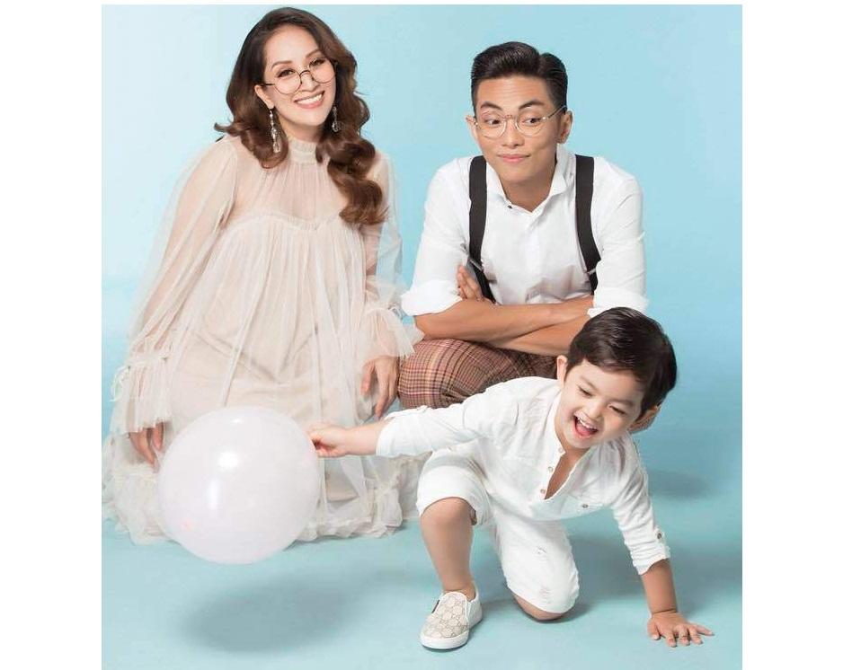 """Khánh Thi cùng con trai hóm hỉnh với trào lưu """"Rich Kid'"""